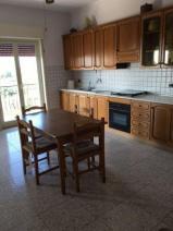 Ampio e luminoso appartamento in vendita a Barcellona Pozzo di gotto in Vendita
