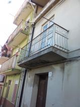 Casa indipendente in vendita a Barcellona Pozzo di Gotto via stretto Bersaglio in Vendita