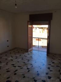 Affitto appartamento al piano 1 a Barcellona Pozzo di Gotto in Affitto