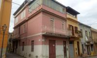 Appartamento semi indipendente a a Barcellona Pozzo di Gotto via Gesu e Maria in Vendita