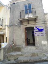 Casa indipendente a Barcellona Pozzo di Gotto ,Cannistra,via adelaide in Vendita